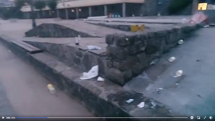 Bideoa: Hondakinez beteta agertu da Borghetto ingurua