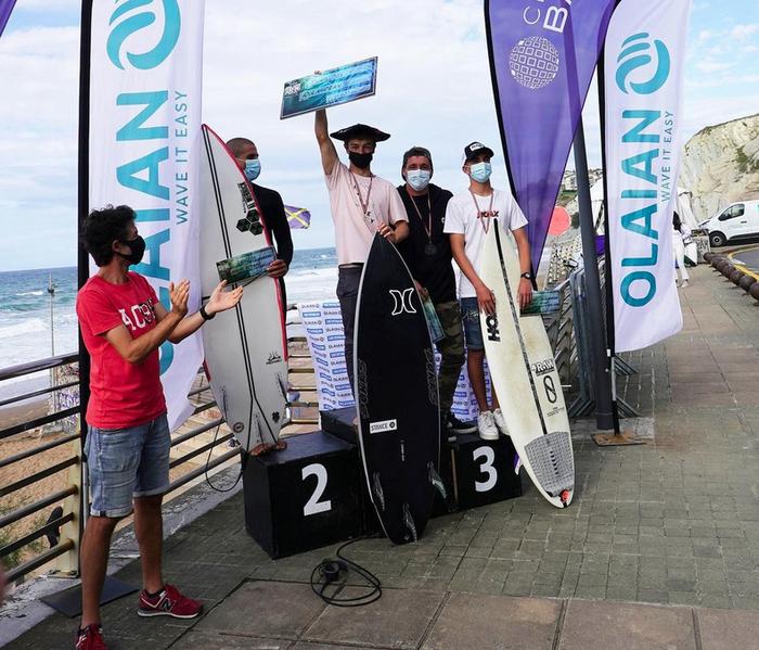 Adur Amatriain txapeldun izan da Euskadiko surf txapelketan